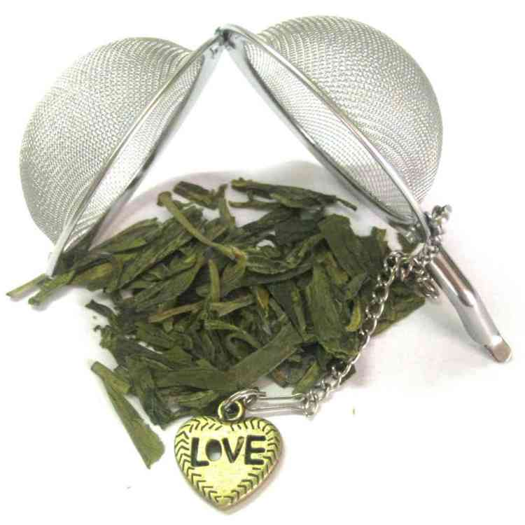Tea Infuser Mesh Ball with Love Heart Charm